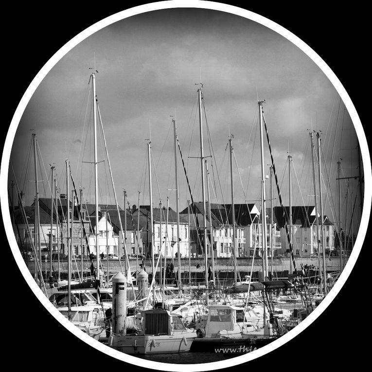 Hublots sur La Turballe - Photos Noir et Blanc de Thierry Weber - Photographe La Baule Guérande