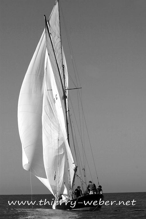 Les régates des Voiles de Légende de La Baule 2010 en noir et blanc