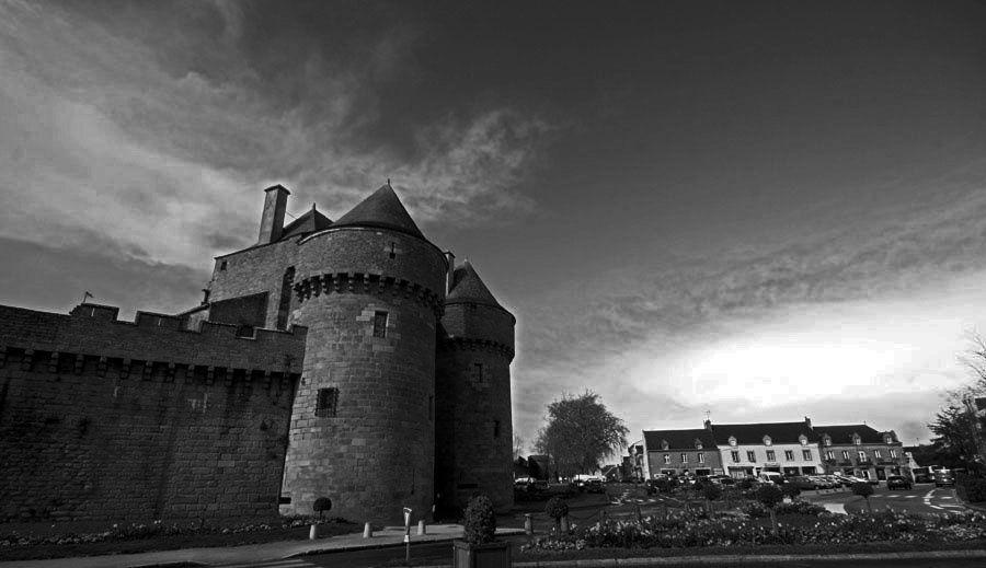 La ville de Guérande en noir et blanc - Photos Noir et Blanc de Thierry Weber - Photographe La Baule Guérande