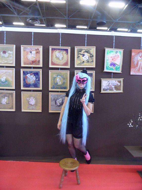 Cosplayers et initiations nihonga sur le stand de Pigments et Arts du Monde