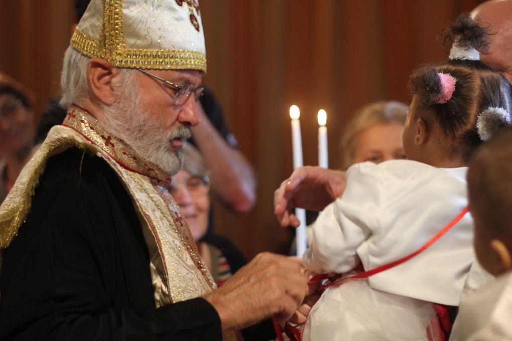 Baptêmes de Jean-David et de Marie-Lucie, Chrismation de Bertina le 10 juin 2012