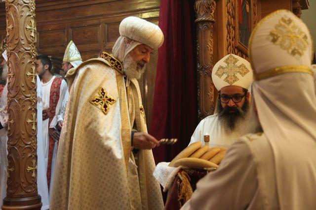 Intronisation de S.G.Abba Athanasios sur son siège épiscopal de Toulon et de toute la France et pour l'Eparchie Copte Orthodoxe de France (Le Revest) le 13 07 Divine Liturgie à Marseille le 14 07 2013