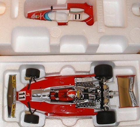 Ici vous trouverez toutes mes monoplaces Ferrari, la Benetton &quot&#x3B;taxi&quot&#x3B; ainsi que le Go Kart de Schumacher