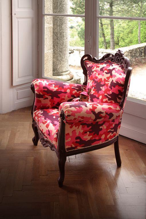 Taxidermie et fauteuil tapissierghyslain bertholon 2013