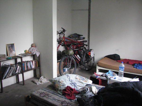 Album - 683-La casa de ciclistas