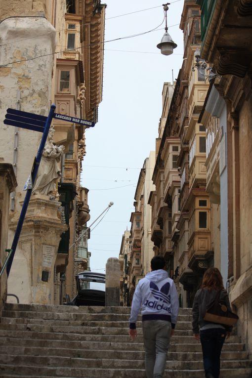 La Valette (Valletta en maltais et en anglais, de l'italien La Valletta) est la capitale de la République de Malte.Photos Mariela et Emmanuel CRIVAT 2012