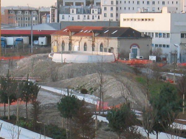 Historique des terrains de Clichy Batignolles. Le Parc Paysager Clichy Batignolles, un parc ouvert sur la ville... en route pour l'avenir.Photos: ©Emmanuel CRIVAT