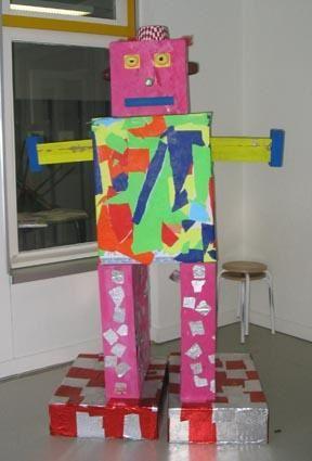 Vendredi 17 mars &eacute&#x3B;taient expos&eacute&#x3B;es les sculptures r&eacute&#x3B;alis&eacute&#x3B;es par les enfants des classes de maternelle lors de la journ&eacute&#x3B;e Carnaval de la veille.<br /><br />Bravo &agrave&#x3B; tous les artistes et &agrave&#x3B; l'&eacute&#x3B;quipe enseignante !