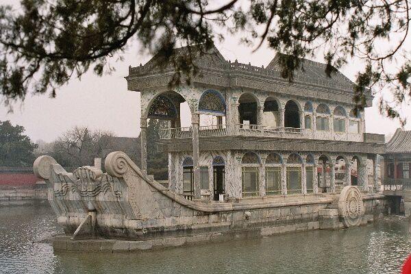 """<p>Mon dernier """"grand"""" voyage de ce début 2007 en Chine.</p><p>J'espère vous donner envie de visiter ce très beau pays.</p>"""