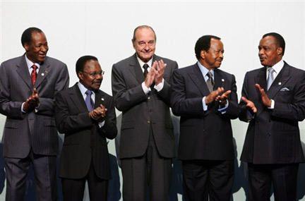 Photos et images de ceux qui influent sur les &eacute&#x3B;v&eacute&#x3B;nements politiques, entre autres, &nbsp&#x3B;&agrave&#x3B; l'&eacute&#x3B;chelle mondiale et paysages des deux Congos.... Il faut montrer de ce monde et du Congo &agrave&#x3B; la fois la beaut&eacute&#x3B; et la laideur.