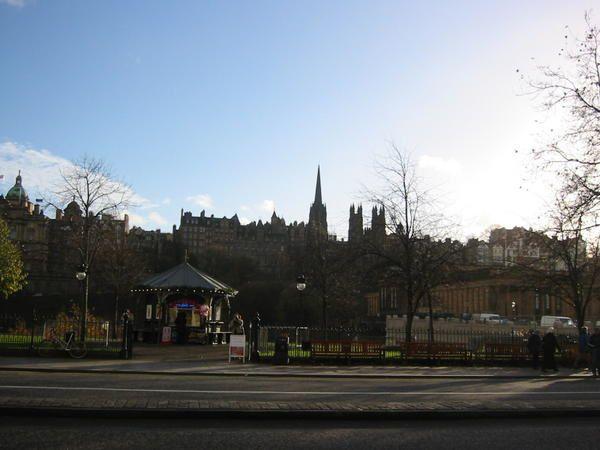 Voilà des photos de l'Ecosse, un pays plus que beau. C'est magnifique!</p><p>Allez y vous ne serez vraiment pas déçu. Je vous y encourage!</p><p>Here, photos from Scotland a great country. This is so beautiful! Go there!</p>