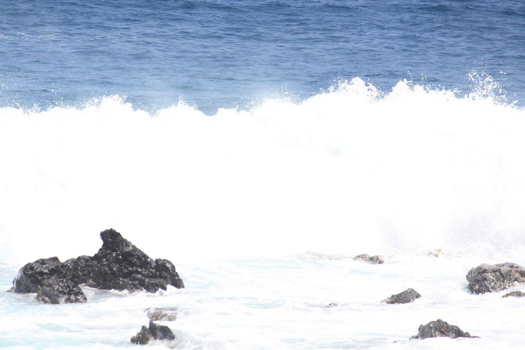 Les vagues de l'Océan Indien, dans le sud de l'Île de la RéunionPhotos Emmanuel et Mariela CRIVAT 2012 (M. et Em. presse)