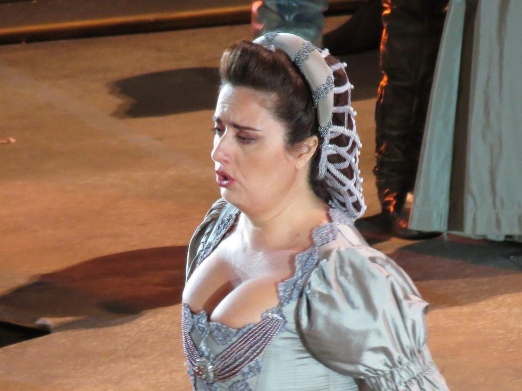 Otello opéra de Giuseppe Verdi au Chorégies d'Orange, 5 août 2014Dessins et photos: M. et Em. presse, émergences semiotiques