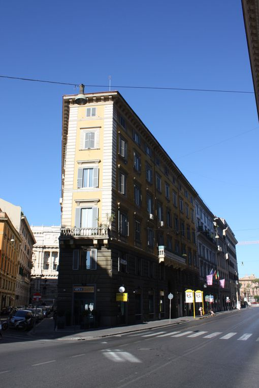 Promenades à Rome (Italie) 2010Photos et dessins: Mariela et Emmanuel CRIVAT