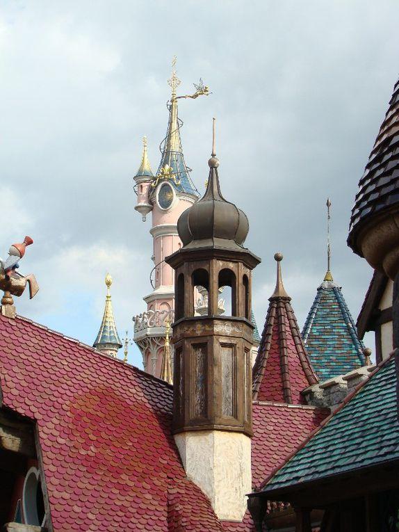 Grand-palais, tour eiffel, Pont-Alexandre-III, France miniature, Moret sur loing, Maisons-Laffitte, France miniature.Pour voir plus de photos de Paris et sa banlieue, allez visiter mon autre blog : http://mes-loisirs.over-blog.com/
