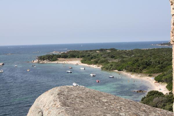 paysages autour de la baie de Figari en Corse du Sud