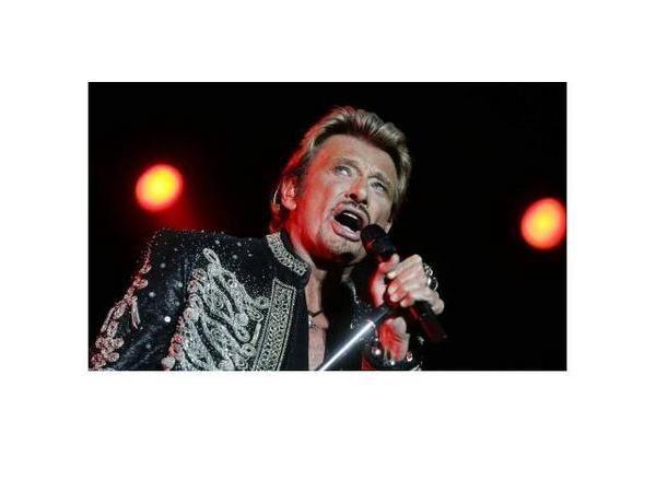 <p>Photos prises lors du concert de JOHNNY HALLYDAY au ZENITH de NANTES le 02 Fevrier 2007.</p><p>Un concert super génial , inoubliable...Un grand spectacle !!!</p><p>Et j'y étais !!! Merci JOHNNY.....................</p>