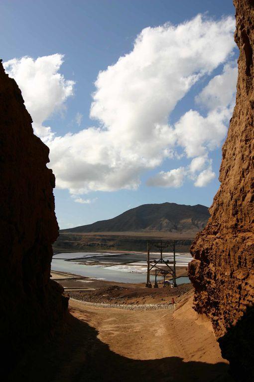 """Ile de Sal, un autre lieu saint de la planche à voile et du surf. Mais aussi de la douceur de vivre, malgré la rigueur du climat. Mais, """"saudade, saudade ..."""""""