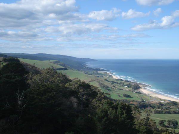Photos des six mois passés en Australie de Mars à Septembre 2007. Premier trip avec Erika sur la West Coast, puis la East Coast avec Erika et Maxime. Des milliers de kilomètres parcourus, à pieds, en avion, en bus, en voiture, à la nage, en cano