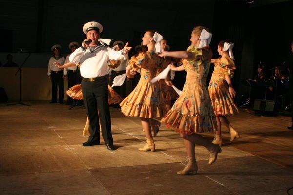 Tout les ans le weekend de L'Ascension a lieu le festival mondiale de Musiques et de Danses Folkloriques Danses