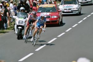 Souvenir du passage du Tour de France à Salers en 2004
