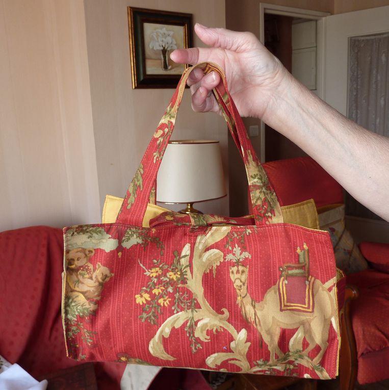 divers sacs de Gisèle et fête au club.