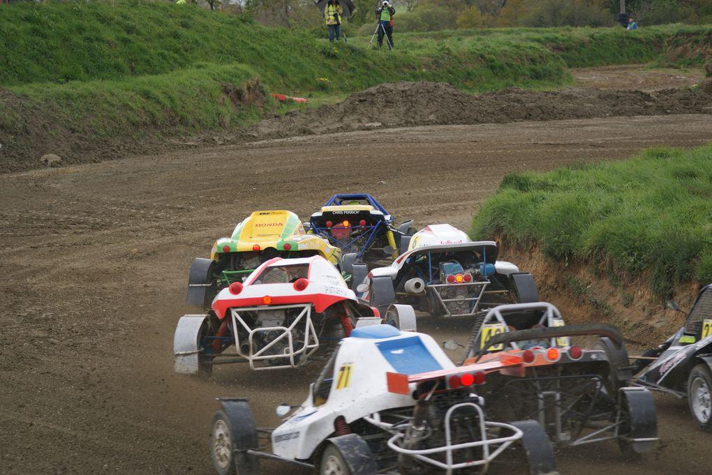 Les 21 et 22 avril 2012 à St-Junien (87), 2ème épreuve du Championnat de France d'autocross.