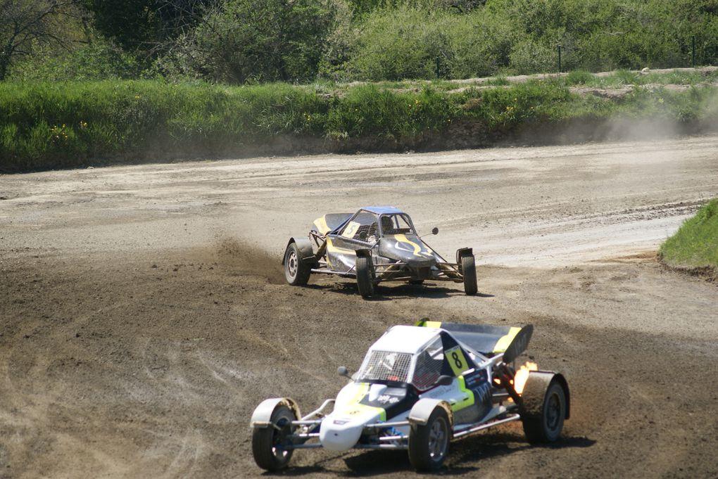 Les 20 et 21 avril 2013 à St Junien (87), 2ème épreuve du championnat de France d'autocross.
