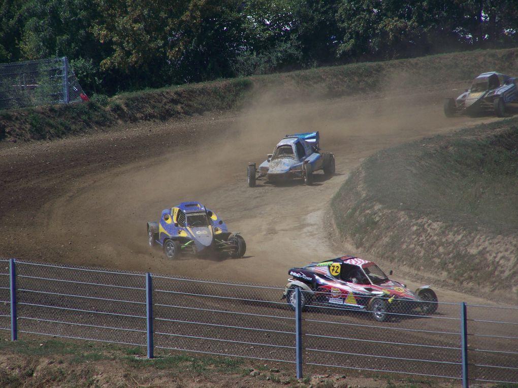 Les 25 et 26 juillet 2009 à Saint-Georges-de-Montaigu (85), épreuve du Championnat de France d'autocross.