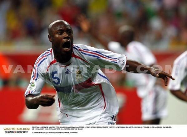 """<FONT COLOR=""""black"""">Quarts de finale de la coupe du monde de football 2006, le samedi 1er juillet. <BR>La France rencontre le Brésil.</FONT>"""