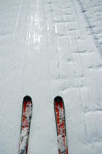 Manigod, ski, paysage de montagne sous la neige ou la verdure.<br />Bonne promenade &agrave&#x3B; Manigod et ses alentours. Cha&icirc&#x3B;ne des Aravis, Merdassier, La clusaz...