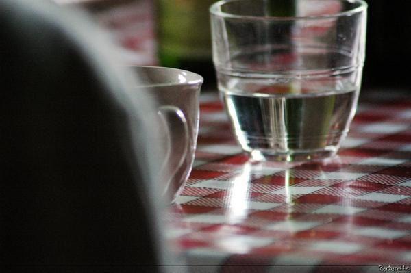 """<p>Clich&eacute&#x3B;s de d&eacute&#x3B;tails qui ont attir&eacute&#x3B;s mon regard, dans une maison &agrave&#x3B; l'ancienne dans le sud de la France.</p><p>&nbsp&#x3B;Pour commenter les photos c'est <a href=""""http://www.barbarette.com/article-3719001-6.html#anchorComment"""" target=""""http://www.barbarette.com/article-3719001-6.html#anchorComment"""">ici</a></p>"""