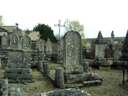 photos des cimetières de montbard