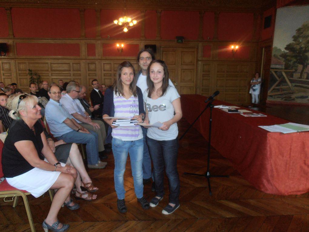 Photos de la remise de prix du concours de poésie 2011 de la LDH