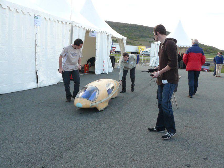 Week-end d'essais offert par Michelin sur les pistes du centre technique de Ladoux.