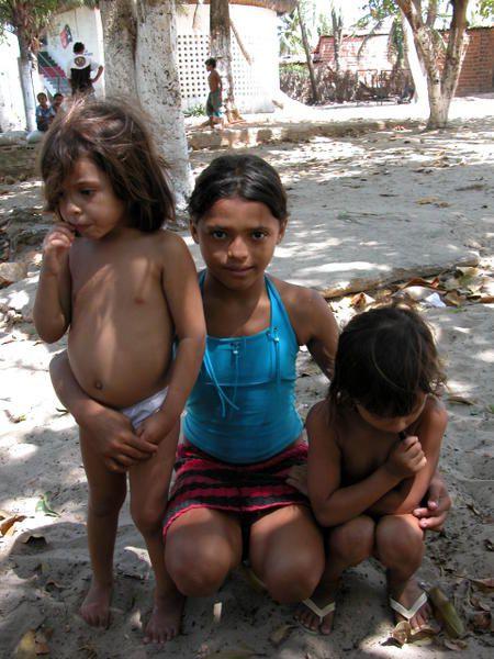 Album - Pirambu : as crianças