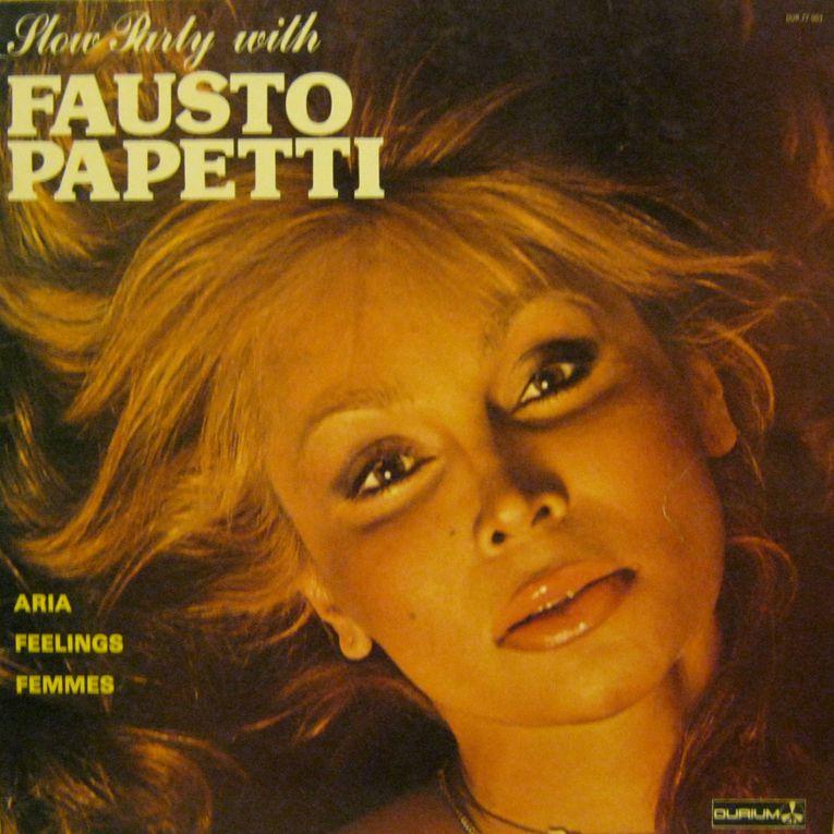 Une collection d'éditions françaises (et néerlandaises) des grands classiques Durium du saxophoniste de mauvais goût, tant pour son jeu que pour ses pochettes : Fausto Papetti !