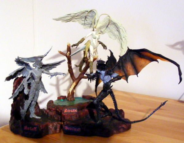 Action figures who don't fit in other categories... But strange beasts anyway...