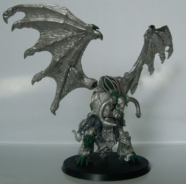 A collection of my best chaos and demon miniatures, collected along the years. They share one common point: they're all winged and i love them all :)