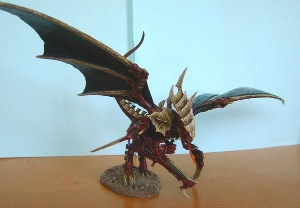 Here's the gallery of my Tyranid Hive Fleet. I post here the most interesting miniatures only, the heavily converted ones, not the standard troops. There are new creatures as Hive Queens, Hive Princess, Aquactor, Ravener Havoc, Omega Tyrant, ... and