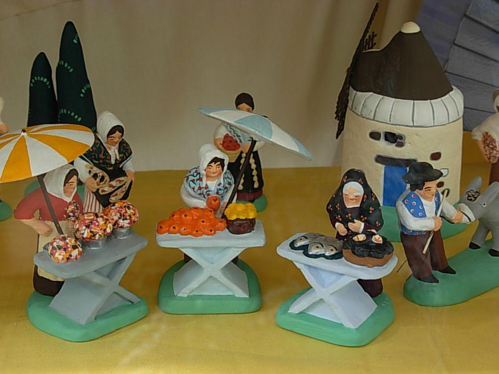 <p>Quelques photos des santons de Provence que vous trouverez au magasin.</p>