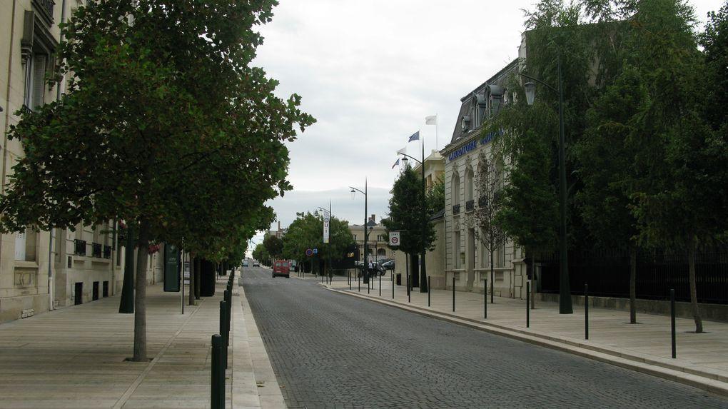 Visite d'Épernay (Marne) en compagnie d'Émilie Richaud lundi 9 septembre 2013