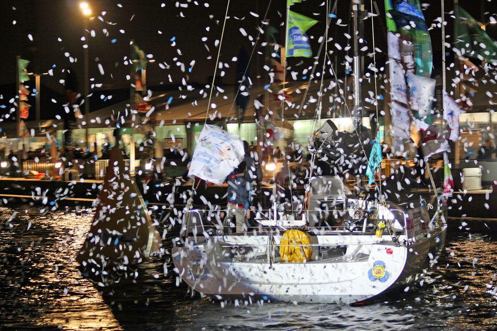 La parade nocturne de la solidaire du chocolat 2009 - Port de Saint-Nazaire