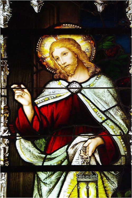 L'église Saint Barthélémy de Dinard possède de très beaux vitraux.