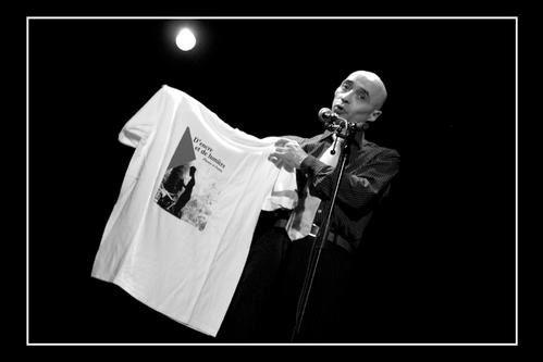 Toutes les photos de cet album sont de Mathieu BOUYER qui les a généreusement mises à disposition de Slam Nantes 44. Un grand merci pour lui ! Ses autres oeuvres sont visibles ici : www.flickr.com/photos/mathieubouyer