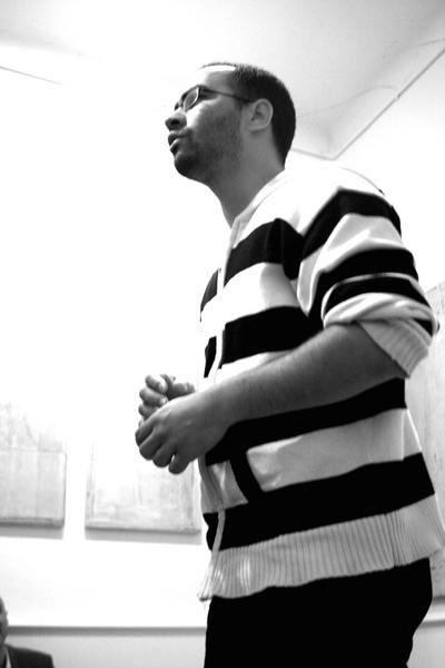 Mercredi 9 avril 2008, Marc Smith est de passage à Nantes. Soirée privée au Rayon Vert pour quelques chanceux puis Marc Smith se rend à L'Art-Scène où, accueilli par Jean-Michel, Monsieur Mouch et Alice, il offre quelques déclamations au publi