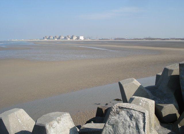 Remparts, jardin des scuptures à Gravelines et la mer à Petit-Fort