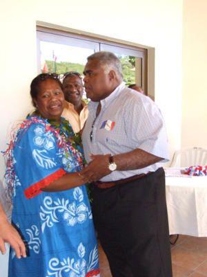 Fête du Boeuf dans la commune de Païta, le 26 octobre 2008: coupe du ruban officie.