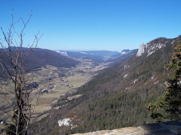 Les 23/24 février 2008, notre section randonnée  fêtait, sa 150ème randonnée, vers St Agnan en Vercors.Nuit au refuge ONF Pré-Grandu (1365m), fontaine de Fond Froide, le plateau du Vercors vers le Grand Veymont.