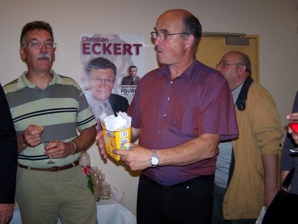 R&eacute&#x3B;union &agrave&#x3B; la salle Jean Vilar le 14 juin 2007 &agrave&#x3B; Haucourt saint Charles